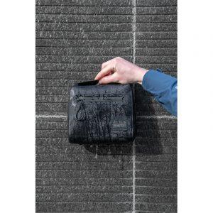 metro-waterproof-pouch-alt6